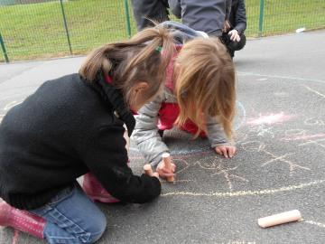 Mandala collectif en maternelle